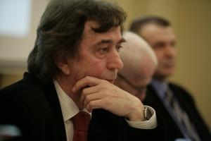 Prof. Leon Drobnik o wolności i mądrości wyboru leku