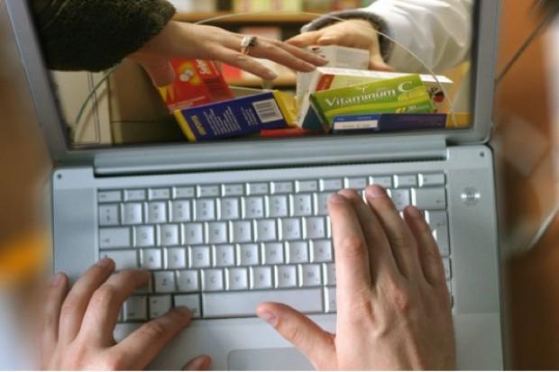 RPO pyta o zasady zwrotu leku kupionego w aptece internetowej
