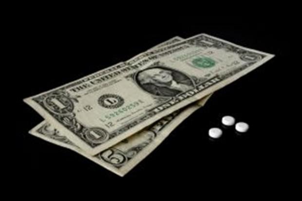 Międzynarodowy problem: lekarz przepisuje, chory rezygnuje