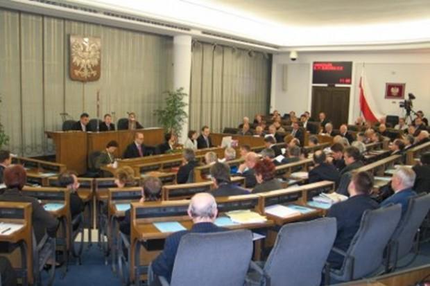 Projekt ustawy o refundacji leków do komisji senackiej
