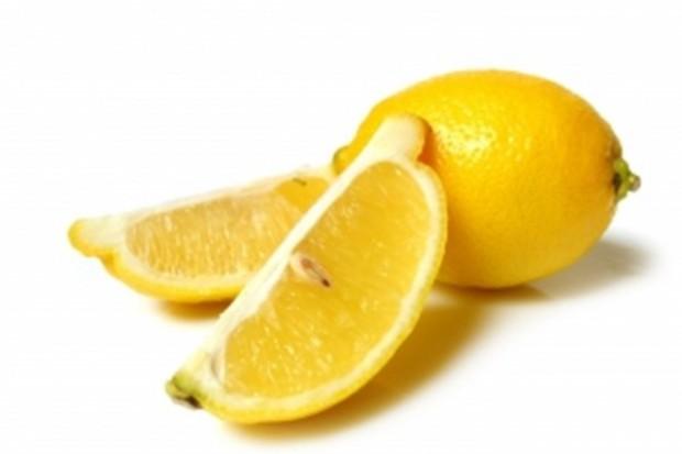 Substancja z cytrusów chroni przed zawałem i otyłością?