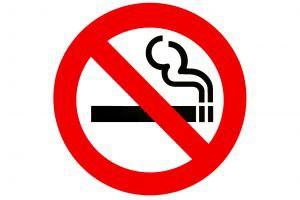 Informacja o zakazie palenia powinna być widoczna w aptece