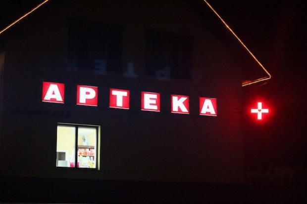 Bytów: uchwała powiatu nie zmusi aptek do pracy w nocy
