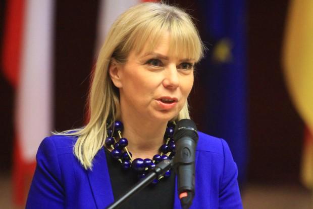 Teka polskiej komisarz jednak bez farmacji