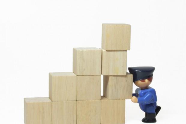 1,5 tys. zarzutów w sprawie nielegalnej sprzedaży leków