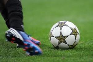 Lekarze radzą, jak przeżyć mistrzostwa w piłce nożnej