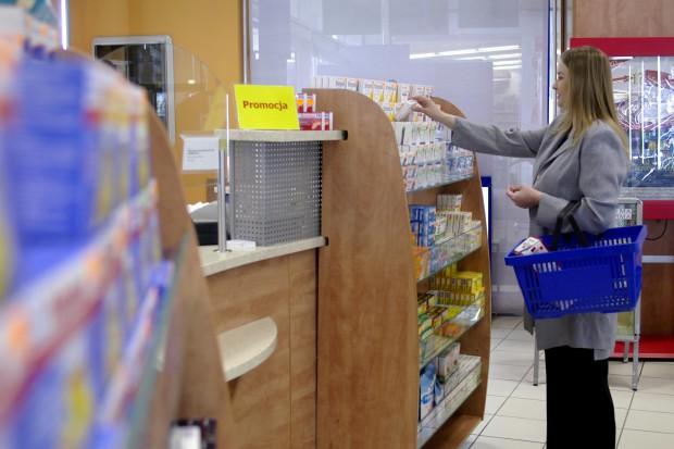Pozwolenie na obrót lekami w sklepie? Jest taki plan