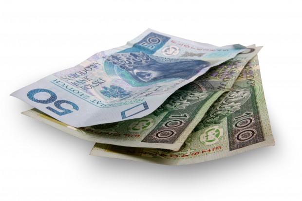 NFZ oszczędnie gospodarzy pieniędzmi na refundację