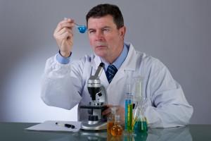 Naukowcy szukają alternatywy dla testowania zwierząt. Na pewno?