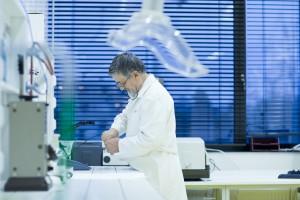Nanogąbka, która wchłania toksyny bakterii