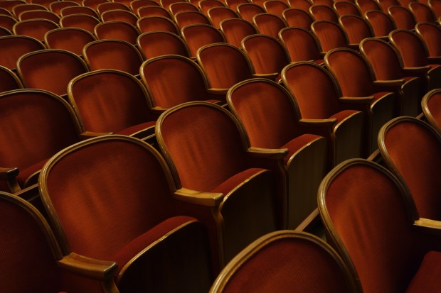Na deskach teatru o testowaniu leków