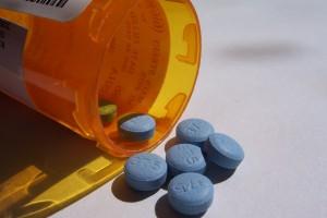 Przemyt leków: środki na odchudzanie ukryte w skrzynce z narzędziami