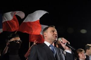 Nieoficjalne wyniki: Andrzej Duda nowym prezydentem