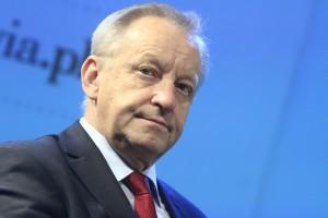 """Bolesław Piecha: wywóz leków jest """"w połowie legalny"""""""