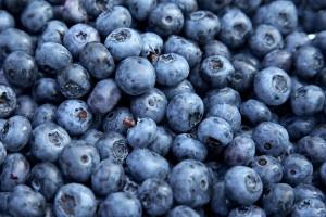 Specjaliści przypominają: zdrowe jagody to myte jagody