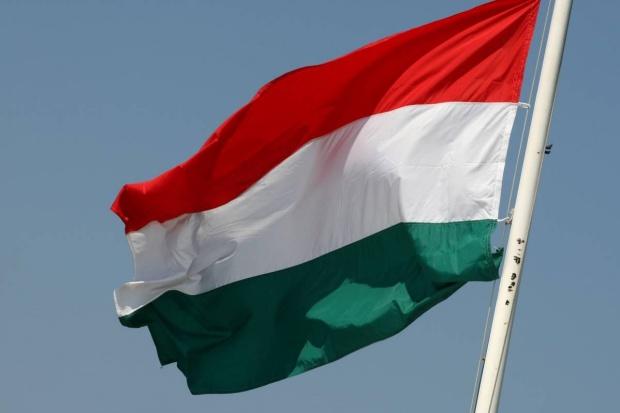 Węgry: liczba nowych zakażeń koronawirusem lekko w górę
