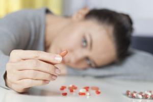 Młodzież zastępuje dopalacze lekami