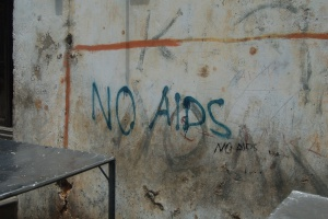 Z zakażeniem HIV nie dającym objawów AIDS można żyć średnio 8-10 lat