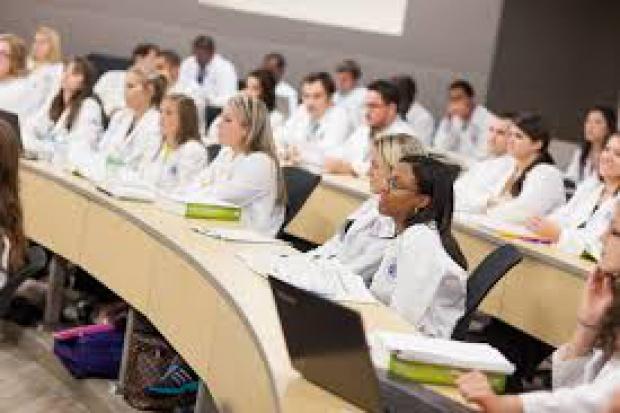 Szkolenie dla farmaceutów nie będących kierownikami aptek
