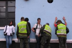 Warszawa: gang handlujący dopalaczami rozbity