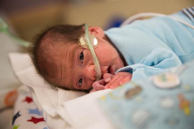UK: pierwszy na świecie noworodek otrzymał lek na bazie marihuany