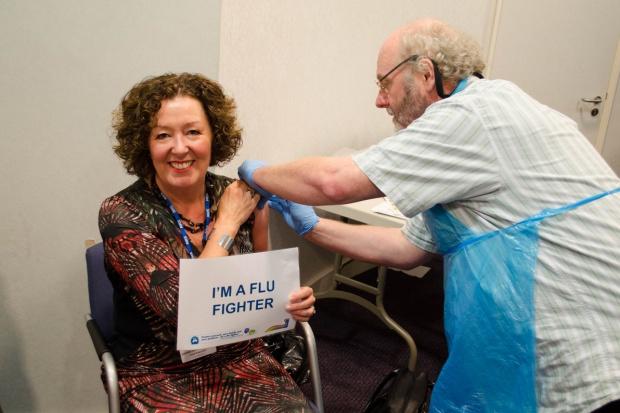 """FPZ: """"Akcja Grypa"""" – szczepienia są bezpieczne"""