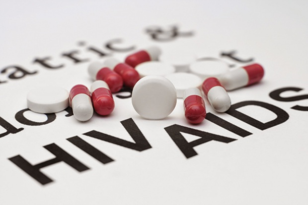 Badania: ryzyko zakażenia HIV jest znikome, gdy stosowane są środki zapobiegawcze