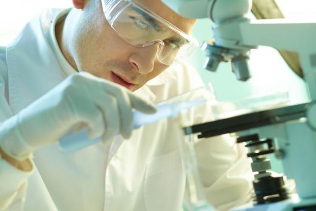 MZ: bortezomib zamiast lenalidomidu w leczeniu szpiczaka?