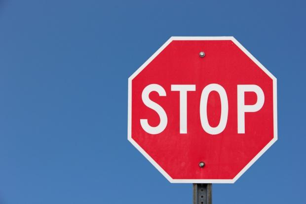 GIF: serie kropli Starazolin wycofane z obrotu