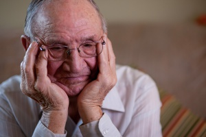 Samotność seniora jest niezdrowa