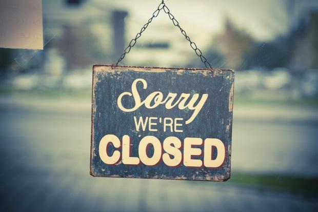 WSA: sieci będą musiały zamknąć część aptek