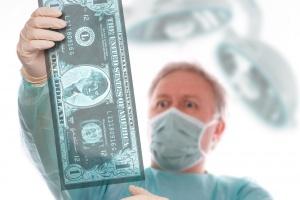 MZ zapewnia: zajmiemy się regulacją wynagrodzeń