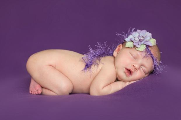 Zdrowy sen niemowląt pomaga zapobiegać otyłości