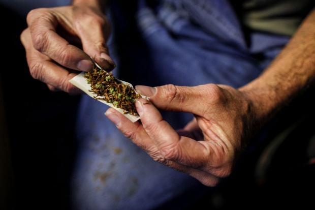 Bierne wdychanie dymu marihuany niebezpieczne dla naczyń krwionośnych