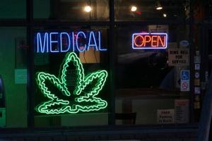 USA: koniec wojny o marihuanę medyczną