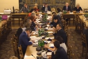 Komisja Zdrowia: zamiast debaty o 75+ bicie politycznej piany