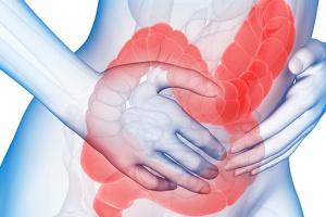 Eksperci: refundacja budezonidu poprawia terapię chorych na WZJG