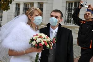 Ukraina: resort zdrowia zaleca noszenie masek