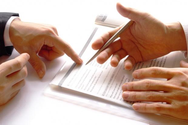 MZ odpowiada na petycję pacjentek w sprawie refundacji leków na włóknienie płuc