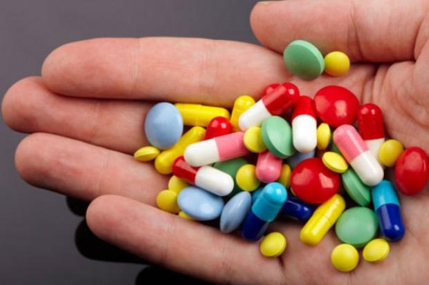 Statystyczny Polak przyjmuje leki przeciwbólowe już 7 razy w miesiącu