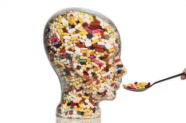 W jednym miesiącu wykupił 33 leki z różnych grup