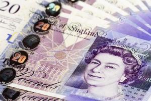 Anglia: wzrośnie opłata za recepty wydawane przez lekarzy