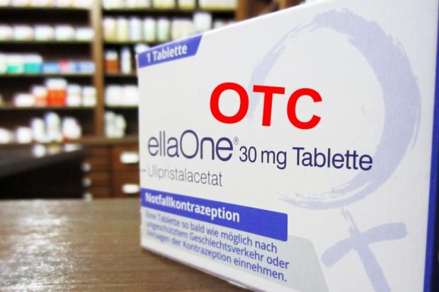 """Manifestacje w obronie tabletek """"po"""""""