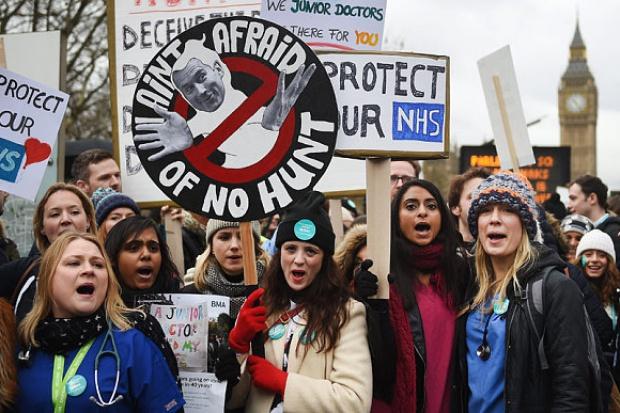 UK: strajk lekarzy trwa