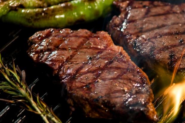 Dietetyczka: na grillu warzywa i tofu zamiast kiełbasy