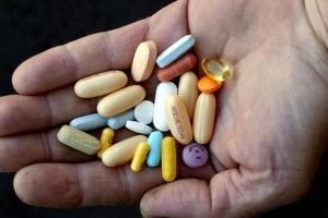 Szwajcaria: bankier oszukiwał na lekach HIV
