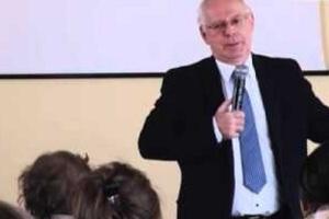 Jerzy Zięba: mówić ładnie do wody, bo inaczej się nie ustrukturalizuje