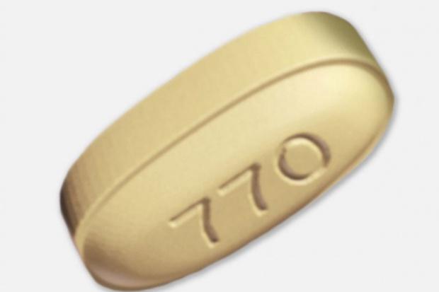 Nowy preparat złożony w tabletce przeciwko HCV wchodzi na rynek