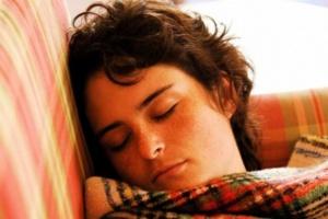 Leczenie bezdechu sennego łagodzi depresję