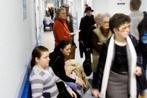 Radom: szczepionek przeciwko grypie ma wystarczyć dla wszystkich seniorów